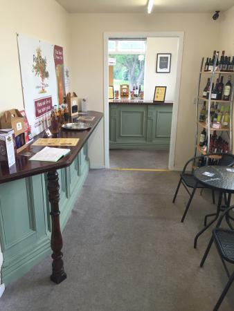 Bolton, UK: Great venue for wine & cider tasting events!