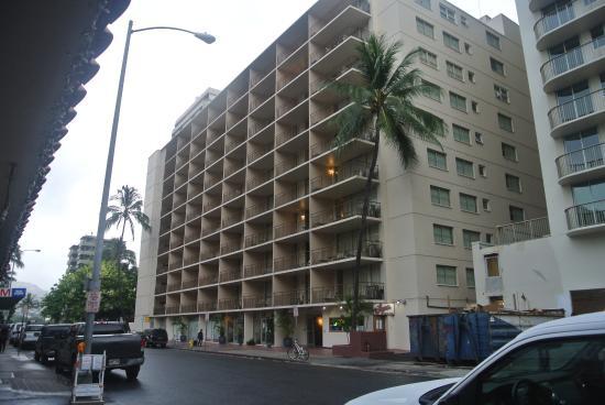 Aqua Waikiki Pearl: Exterior West Side