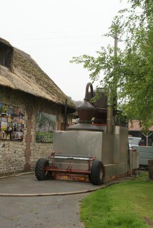 Pennedepie, Francia: Stookketel waarin men Calvados destilleert