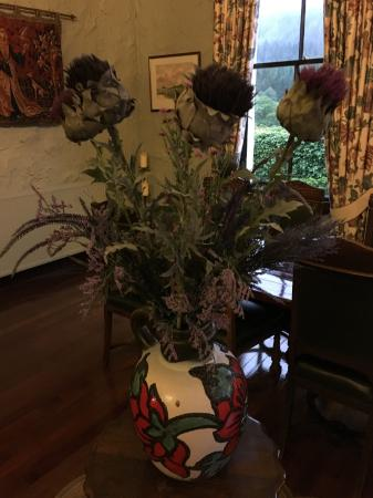 Creagan House: Thistles in the remarkable dining room