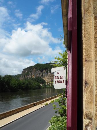 Hotel La Belle Etoile: ドルドーニュ川を眺められる部屋を指定