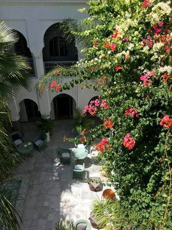 Riad Idra : Central Courtyard from the Roof Terrace