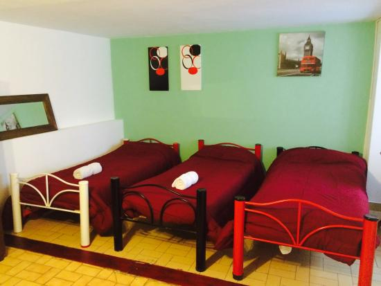 Petit Recoleta Hostel: Habitacion