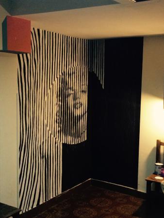 Petit Recoleta Hostel: Arte