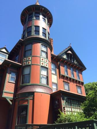 Wilderstein Historic Site: You gotta have a tower!