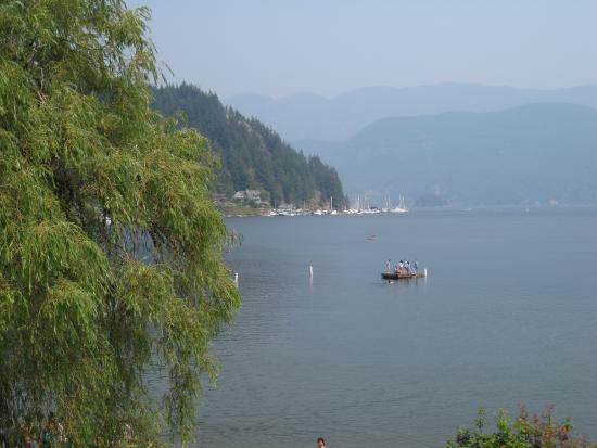 North Vancouver, Kanada: Smoky day when we were there.