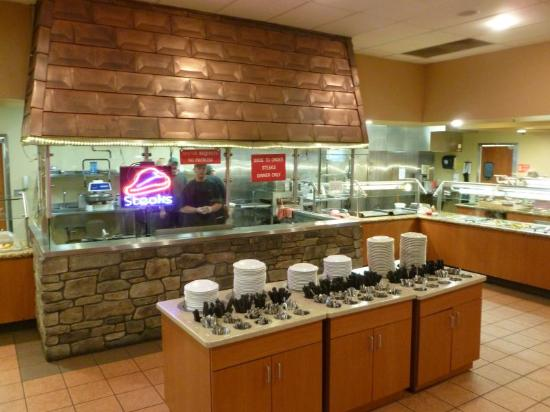Timber Creek Grill Buffet: Grill Area...