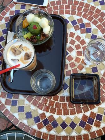 Funawa Cafe Kaminarimon