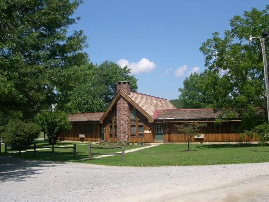 Stahlstown, Pensilvania: Cedar Lodge