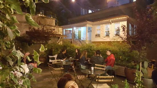 Faik Pasha Hotel : 20160610_215615_large.jpg
