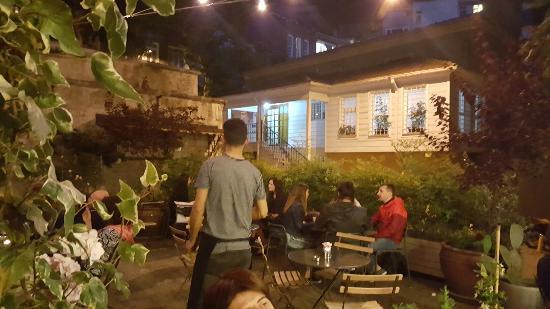 Faik Pasha Hotel : 20160610_215613_large.jpg