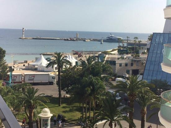 Hotel Barriere Le Majestic Cannes: View from Junior Suite