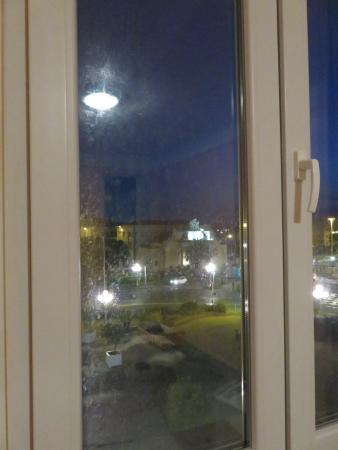 hotel du port toulon france voir les tarifs 11 avis et 5 photos. Black Bedroom Furniture Sets. Home Design Ideas