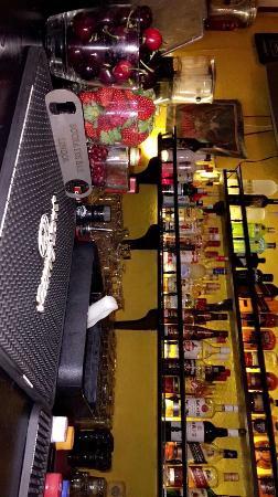 Socrates Bar