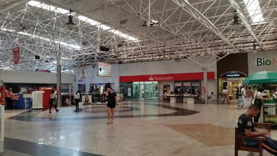 Centro Comercial Gilberto Salomão