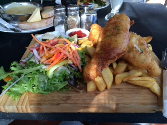 Riverside Cafe: Fish and Chips