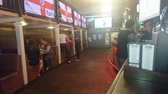 Red Onion: Football pub