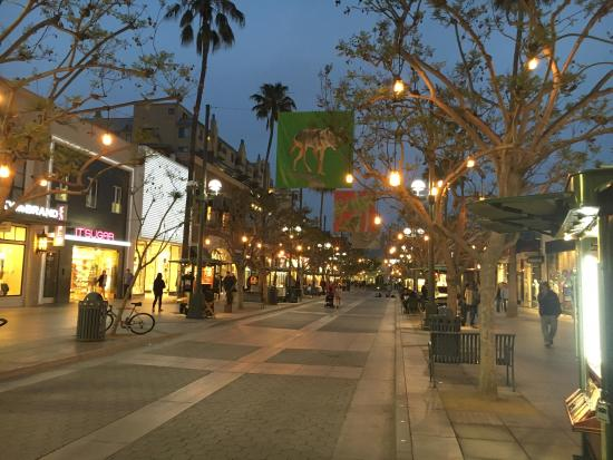The third street promenade is so much fun and my particularly best event at the third street promenade is Patty Donnelly the Irish tea leaf reader. She is so fun and every time I have my Tea Leaves read amazingly correct predictions come true.4/4().