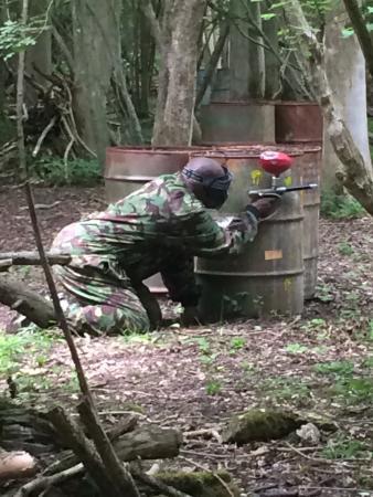 Skirmish paintball
