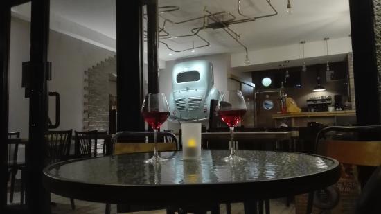 Espalion, Frankrijk: Bar & Restaurant l'Authentique