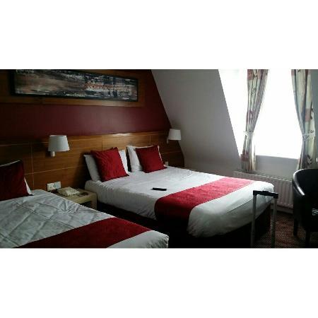 Ashbourne House Hotel: IMG_20160611_173805_large.jpg
