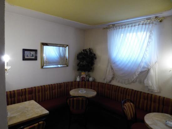 Cafe Konditorei Fritz: Indoor seating