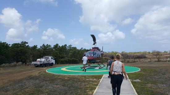 Caribbean Helicopters: 20160523_104145_large.jpg