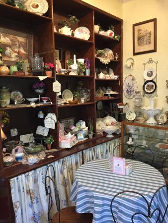 Pickwick Tea Room Frankfort