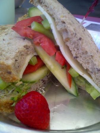 เวอร์นอน, แคนาดา: Yummy vegie sandwich