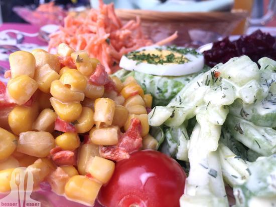 Sins, Sveits: Gemischter Salat