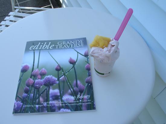 Little Bee's Italian Ice: Mango sorbet & cherry gelato