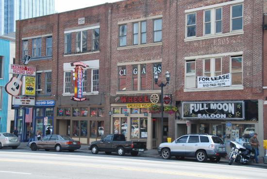 Downtown Nashville: Broadway