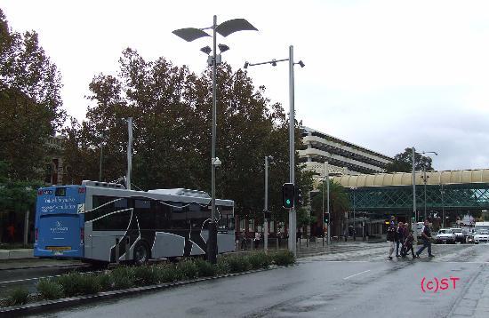 Timetable At Perth Airport For Bus 380 Bild Von