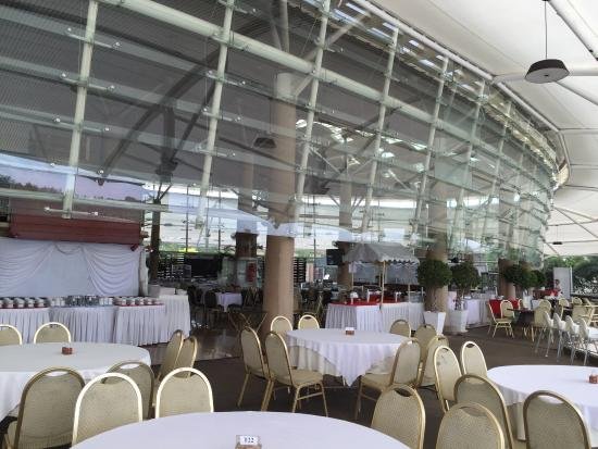 Putrajaya Lake Club
