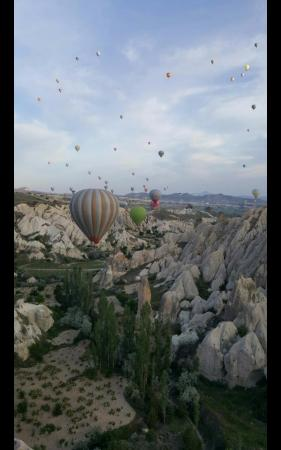 Goreme Balloons: over the red valley