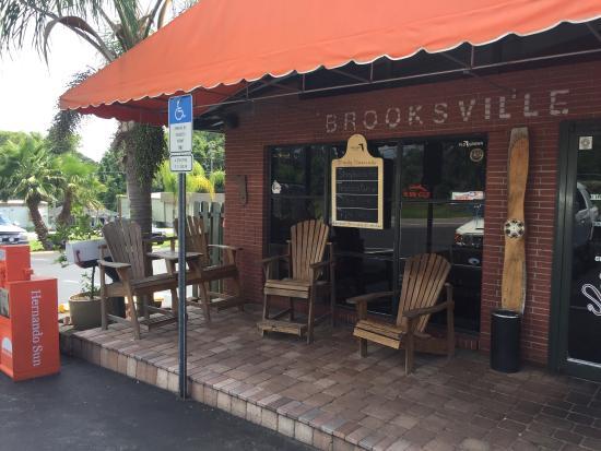 Brooksville, FL: Saturday afternoon