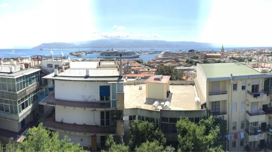 Province of Messina, Italien: Vista dello Stretto