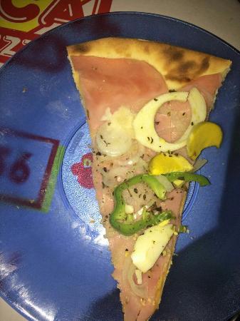 Loccal Pizzaria