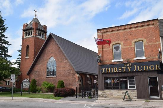 Thirsty Judge Restaurant