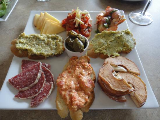 West Kelowna, Canada: My Chef's special with extras