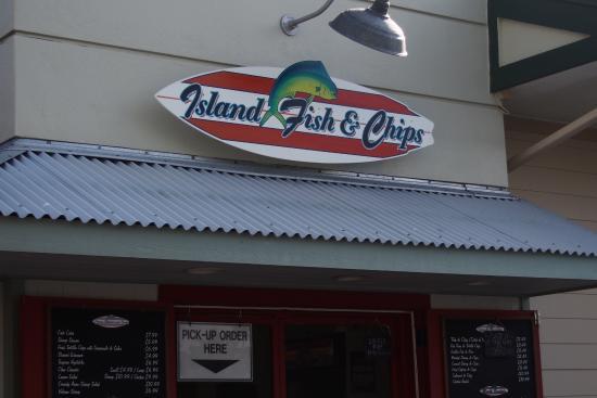 Island Fish & Chips: お店外観