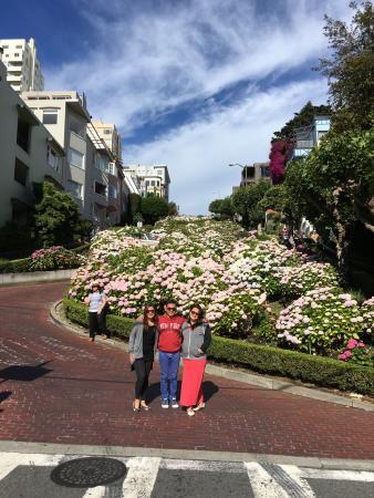 """แดนวิลล์, แคลิฟอร์เนีย: """"Crooked """" Lombard Street!!"""