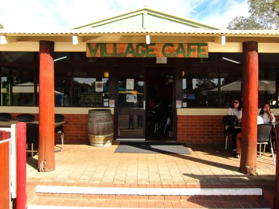 Village Cafe at Whiteman Park: Front view