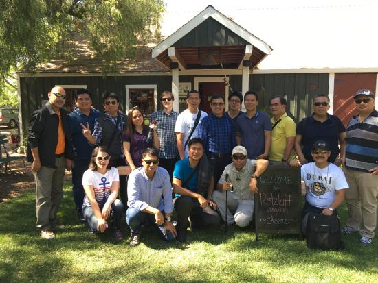 Danville, Califórnia: My 16 tour guests all the way from the Phillipines enjoy Livermore wine country