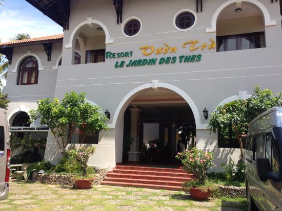 Le Jardin des Thes: Mặt tiền của resort