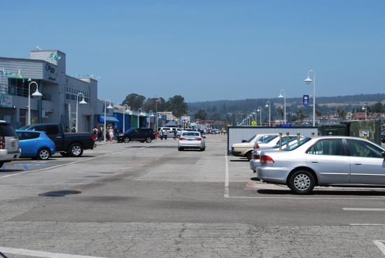 santa-cruz-wharf-yes-you-can-drive-but-do-walk-it-if-you-can