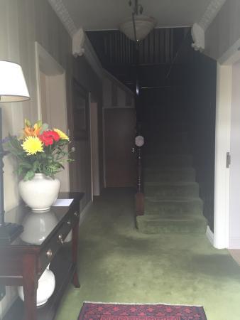 Acton Lodge Bed & Breakfast: photo1.jpg