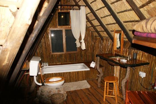 Pezulu Tree House Game Lodge: DSC04859_large.jpg