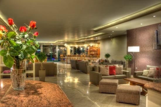 Zante Star: Lounge