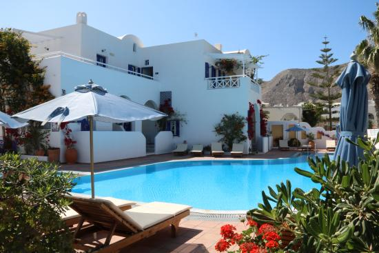 Kouros Village Hotel